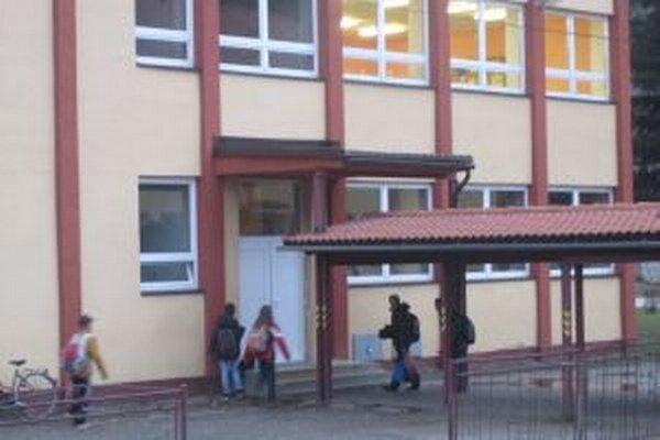 Prímestské školy prešli pod vedenie Základnej školy Mládežníckej.