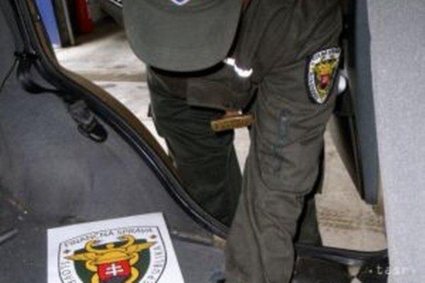 Počas štyroch voľných dní zistili  žilinskí colníci viaceré porušenia predpisov.