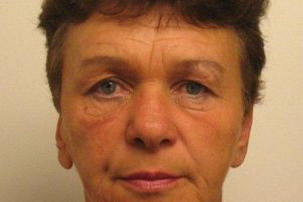 Päťdesiatdvaročnú Annu Veselkovú z Podvysokej hľadá polícia.