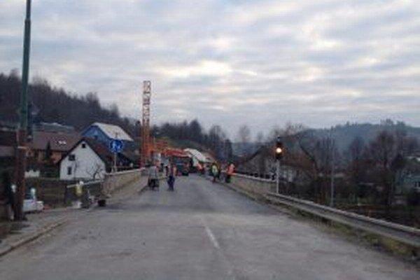 Prechod po mosten budú riadiť inteligentné semafory.