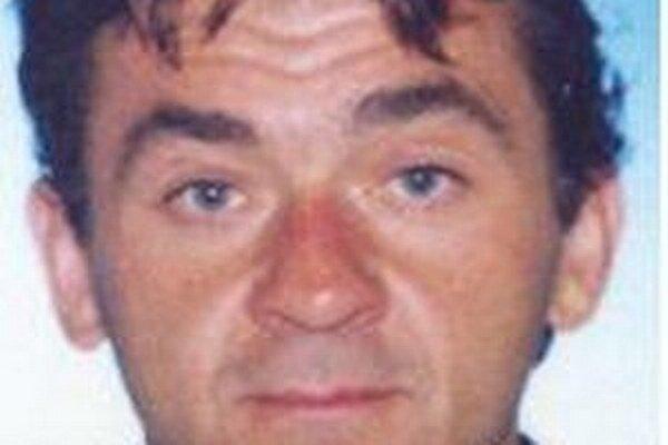 Na 48-ročného Ivana Liptáka vydal Okresný súd v Čadci príkaz na zatknutie pre prečin zanedbania povinnej výživy.