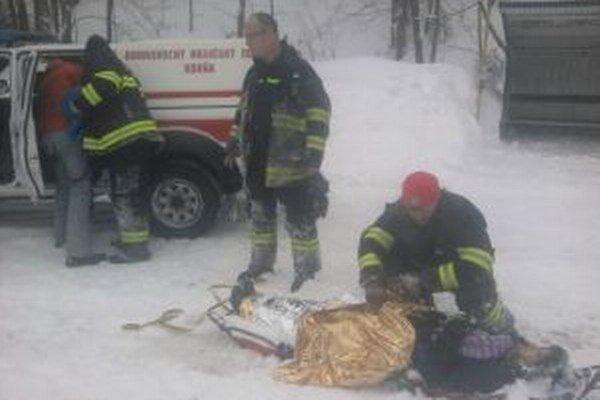 Hasičom sa podarilo zachrániť život vtedy len 16-ročnému dievčaťu.