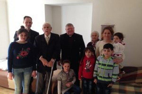 Biskup Judák povzbudil rodiny v ich neľahkej situácii.