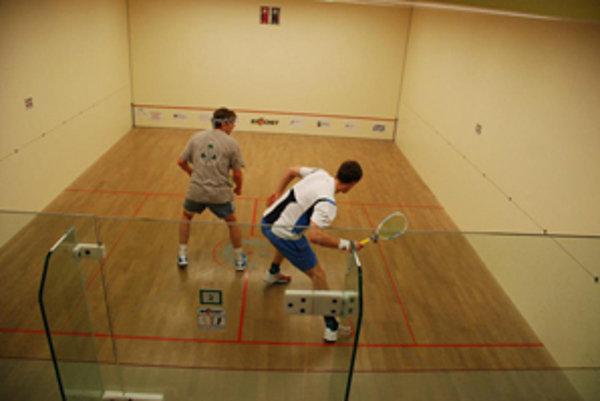 Na Kysuciach si môžete Ricochet zahrať v Čadci v Martenz sport clube, nachádzajúcom sa na Palárikovej ulici oproti bývalému Palárikovemu domu.