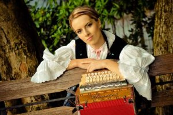 Vlasta Múdriková vraví, že vianočnú atmosféru si nevie predstaviť bez vianočných piesní a kolied.