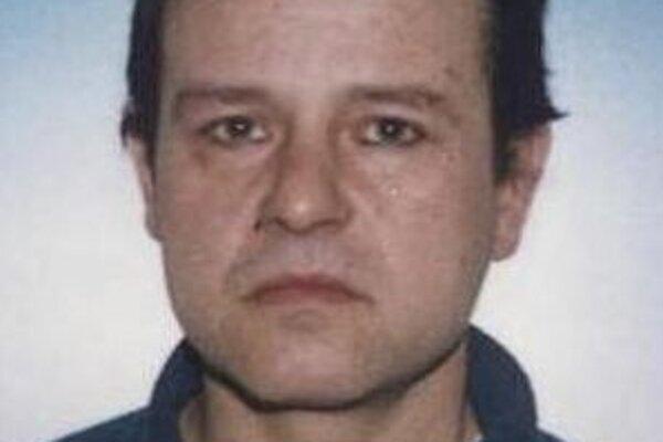 Hľadaného muža zadržala policajná hliadka.