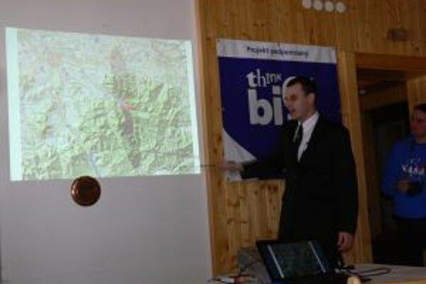 V rámci 40. výročia založenia Chránenej krajinnej oblasti Beskydy vyhlásili Česko - slovenskú Beskydskú oblasť tmavej oblohy.