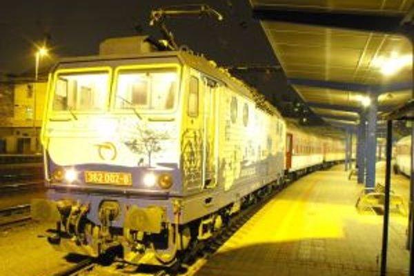 Počas veľkonočných sviatkov posilní ZSSK osobnú vlakovú dopravu o 13 vlakov.