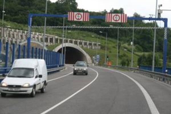 Národná diaľničná spoločnosť (NDS) bude v dňoch 17. – 19. mája robiť údržbu tunela.