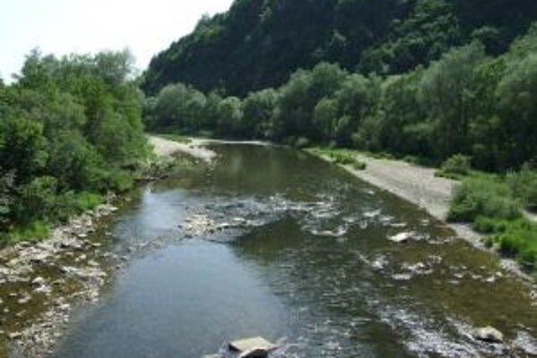 Kysucké Nové Mesto päť žiada prehodnotiť zámer budovania koridoru prepájajúceho Vážsku vodnú cestu s Oderskou vodnou cestou.