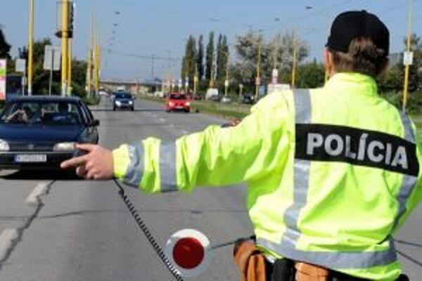 Aj tento budú policajti kontrolovať vodičov.
