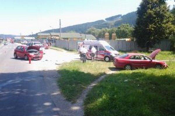 V Staškove došlo dnes krátko pred dvanástou hodinou k dopravnej nehode.