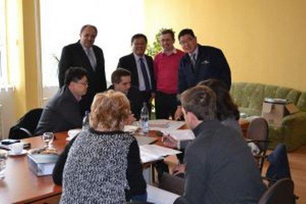 Primátor Krásna nad Kysucou sa stretol s ázijskými investormi.