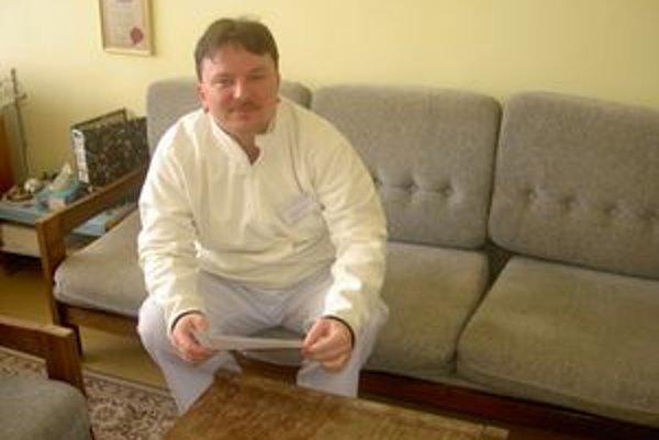 Pavol Lamoš pracuje na onkologickom oddelení už od ukončenia štúdia medicíny v roku 1995. Svoju prácu by nemenil.