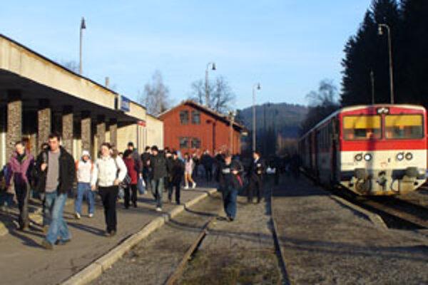 """Po """"novom"""" budú možno vlaky končiť v Turzovke."""