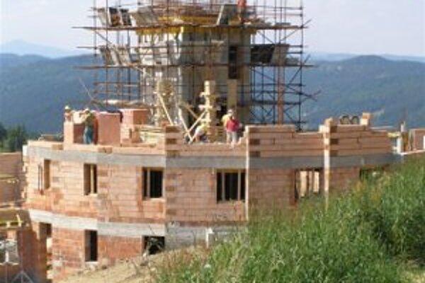 Na Živčákovej stavajú nový chrám.