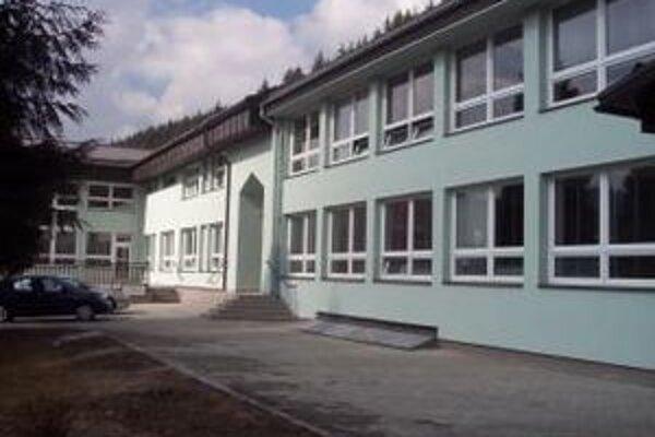 Základná škola  v Korni prešla náročnou rekonštrukciou.
