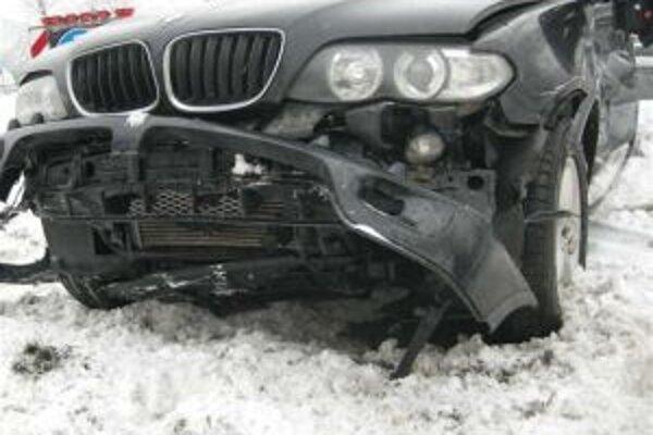 Pod nehodu sa zrejme podpísala nepozornosť vodiča.