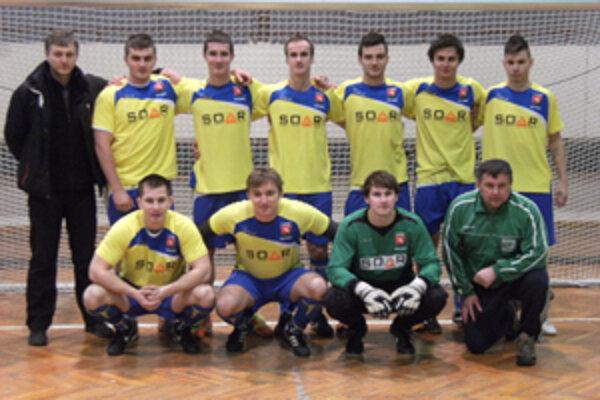 Vo finále zdolali víťazi turnaja ObFZ Kysúc futbalistov z Čierneho.