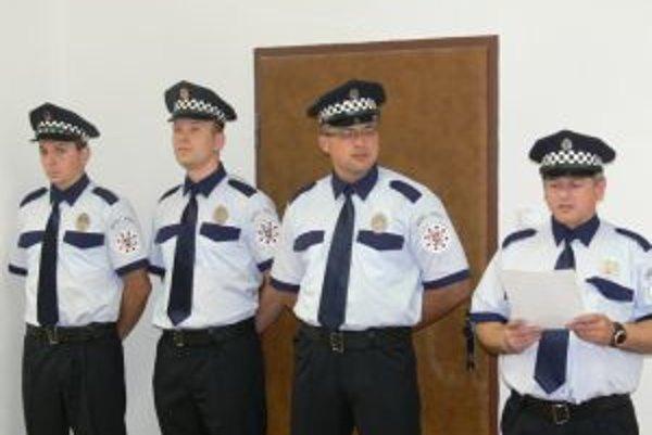 O poriadok v meste sa budú starať štyria mestskí policajti.