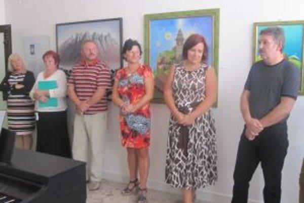 Umelcovu výstavu môžete v krásňanskom dome kultúry navštíviť do konca septembra.