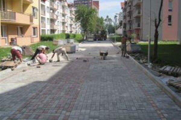 V Kysuckom Novom Meste majú hotových 50 percent plánovaných prác na regenerácii centrálnej mestskej zóny.