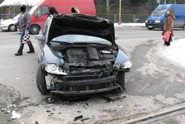 Na Škode Octávia vznikla škoda vo výške 3-tisíc eur.