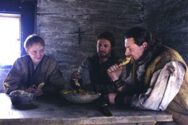 Niektoré scény filmu Lietajúci Cyprián vznikli aj v kysuckom skanzene vo Vychylovke.