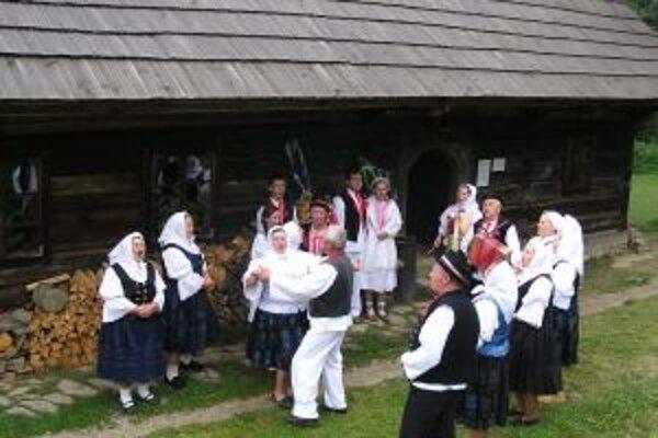 V programe sa predstavia viaceré folklórne skupiny z Kysúc.