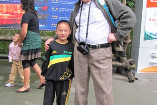 Veľvyslanec hovorí, že Číňania sa veľmi radi fotografujú.