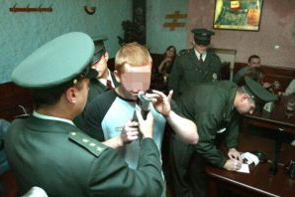 Problém alkoholu u mládežníkov opäť zamestnal poslancov.