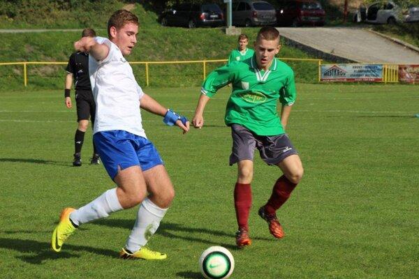 Dorastenci H. Poruby (v zelenom) dali Udiči päť gólov.
