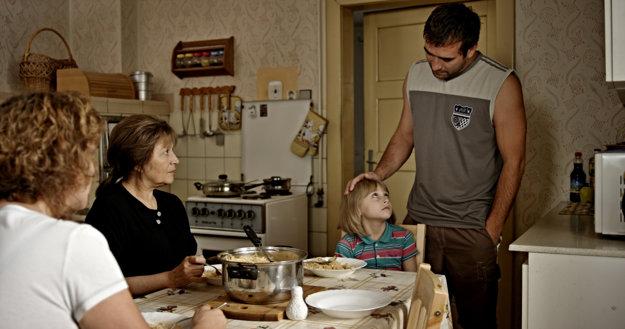 Milan Ondrík vo filme Eva Nová.