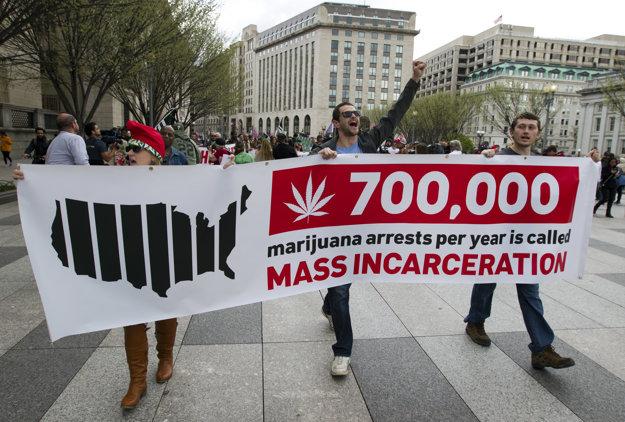 Demonštrácia za legalizáciu marihuany vo Washingtone.