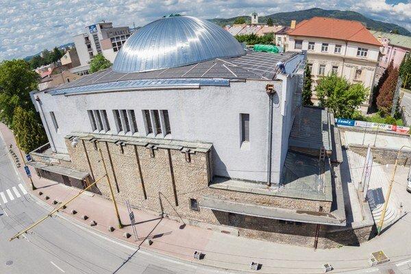 Aj vaše 2 % môžu prispieť na opravu synagógy.