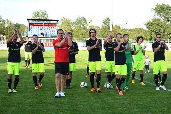 Futbalisti Serede hrali druhý zápas za tri dni, no dokázali vyhrať nad vedúcim tímom tabuľky FK Pohronie.