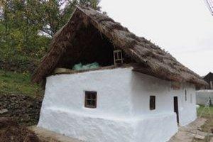 Dobrovoľníci upravili dom aj jeho okolie.