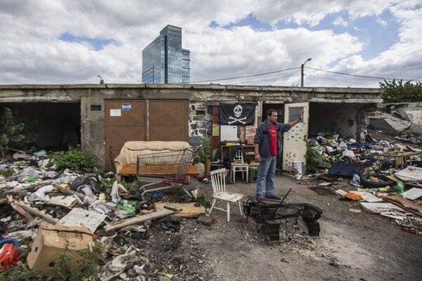 Lokalitu Zátišie v mestskej časti Bratislava  Nové Mesto majú po štyroch rokoch opäť čistiť.