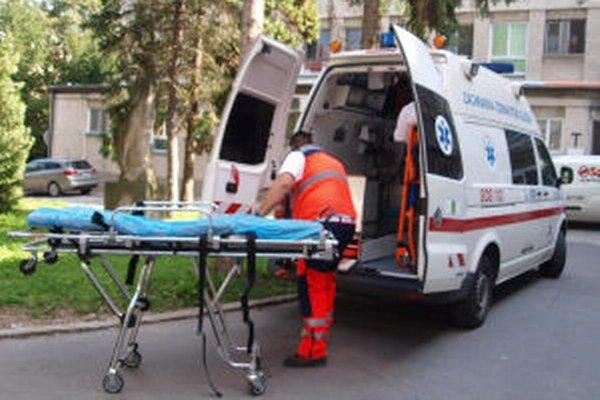 Zranenú matku aj syna hospitalizovali v žiarskej nemocnici.