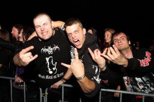 Na metalový festival sa sťažujú aj kvôli hluku.