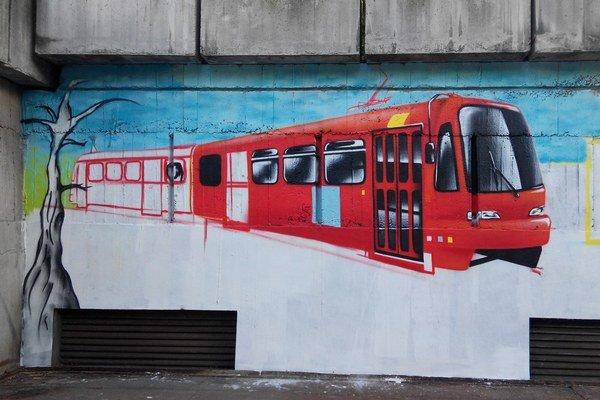 Kresby na múroch Hlavnej stanice skončili zatreté sivou farbou.