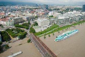 Mimoriadne povodne zasiahli Bratislavu v prvej polovici júna.