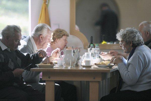 Staromestské Seniorcentrum je prvý domov dôchodcov, ktorý dostane pokutu za zlú starostlivosť o seniorov.