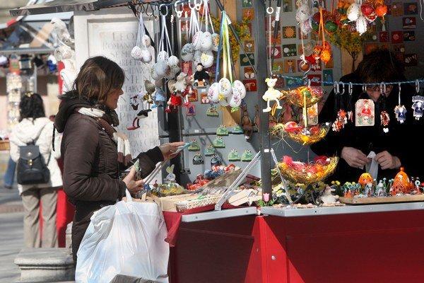 Veľkonočné trhy v meste sú klasicky na Hviezdoslavovom a Františkánskom námestí.