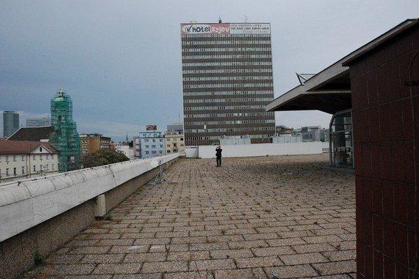 Nový projekt má prestavať hotel Kyjev a aj obchodný dom.