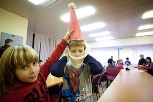 Pre deti zo štrajkujúcich škôl sú aj tvorivé dielne v Ružinove.