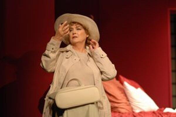Božidara Turzonovová sa predstaví ako uhundraná matka.