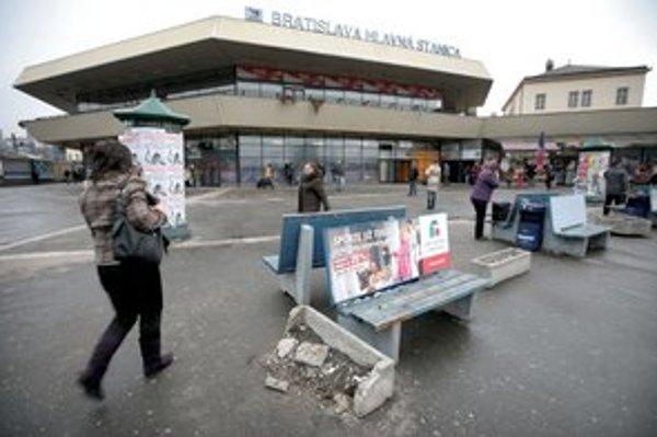 Hlavná stanica dnes. Investor tu chcel vystavať nákupné centrum.