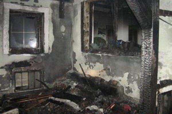 Požiar prístavby rodinného domu.