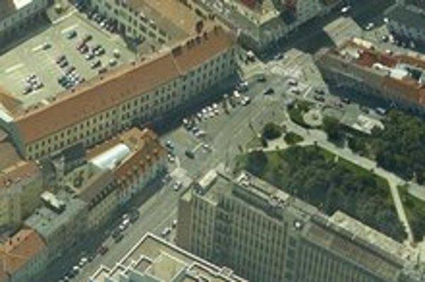 Architekti a dizajnéri riešili Kollárovo námestie v centre Bratislavy.